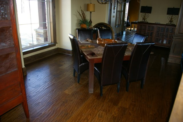 Beautiful hand scraped floor near danville arkansas for Hardwood flooring nearby