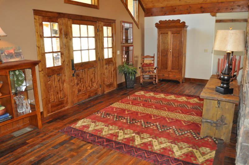 Relatively Everything Old is new Again – Reclaimed Floor | Ozark Hardwood  CI23